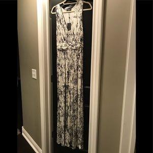 NWT Beautiful Sexy Tart Snake Print Maxi Dress